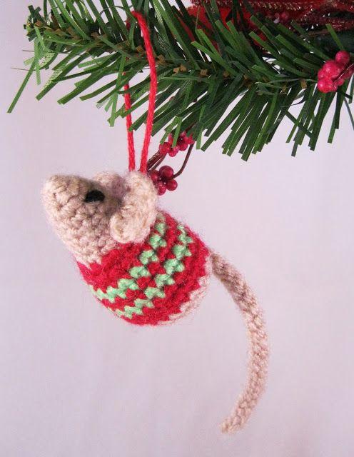 12 Crochet Christmas Ornaments - Easy Crochet Ornament Patterns