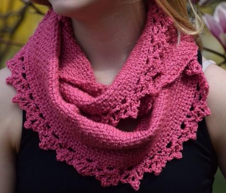 Rose Lace Crochet Cowl Pattern | AllFreeCrochet.com