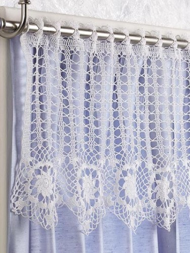 10 Free #Crochet Curtain Patterns - Collection by Moogly!