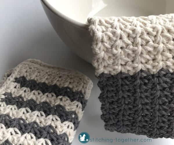 BATTLING WITH A STINKY CROCHET DISHCLOTH?   HERE'S HOW TO KEEP IT CLEAN