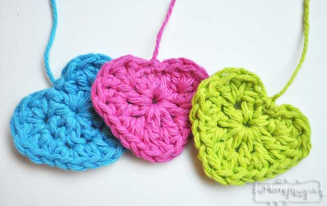 Simple Crochet Heart - Free Crochet Pattern - My Merry Messy Life