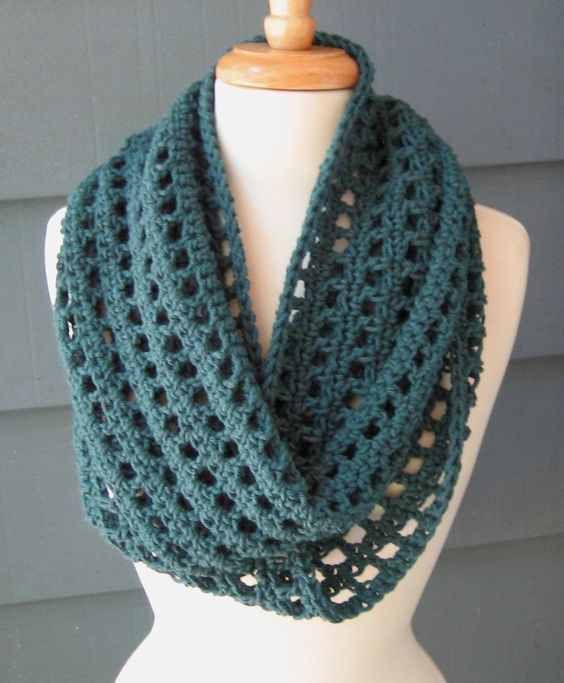 How to make crochet infinity scarf pattern? - Crochet and Knitting