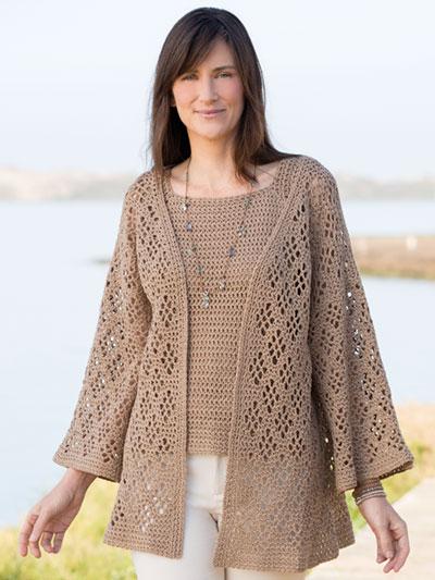 Dress up in style: crochet jacket