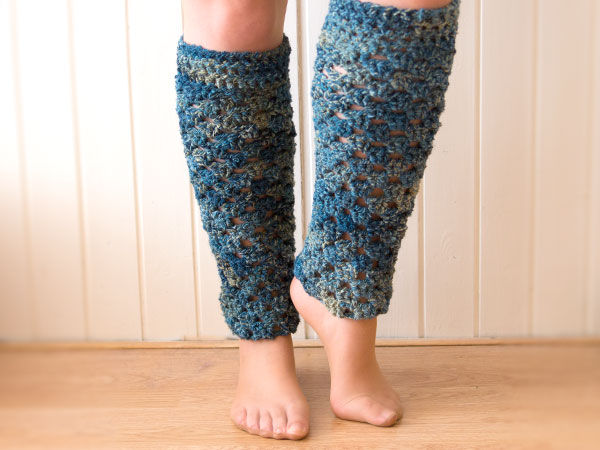 32 Free Patterns to Make Crochet Leg Warmers | Guide Patterns