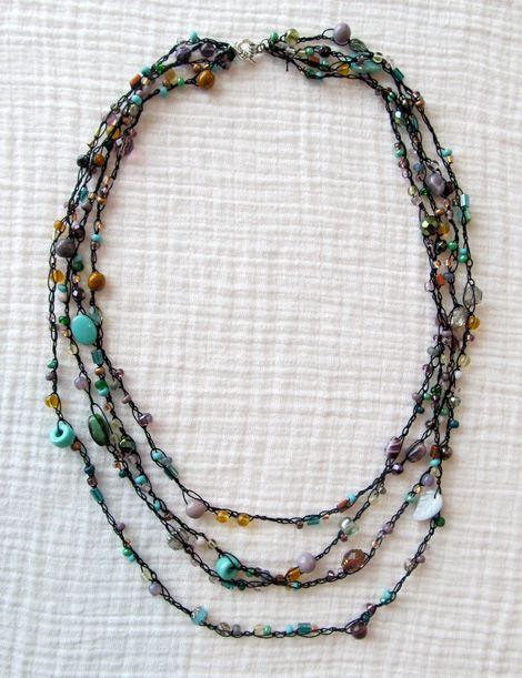 Crochet Beaded Necklace Tutorial | Tutorials | Crochet beaded