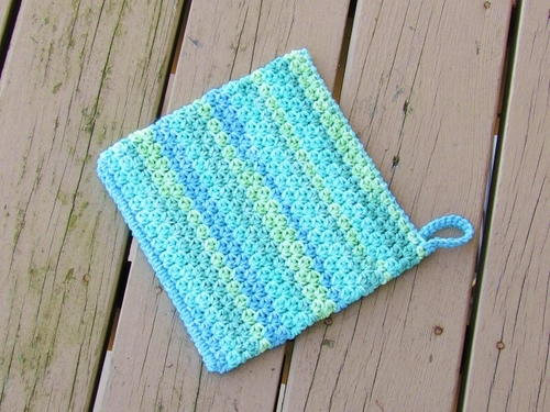Easy Peasy Potholder | AllFreeCrochet.com
