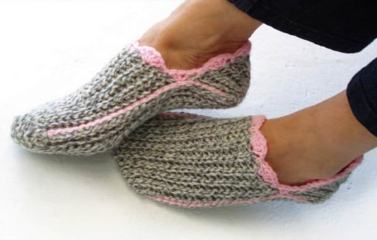 Our Favorite Crochet Slippers Collection | The WHOot