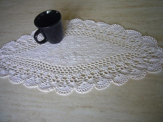 VINTAGE Crochet Table Runner Long and lacy table runner made | Etsy
