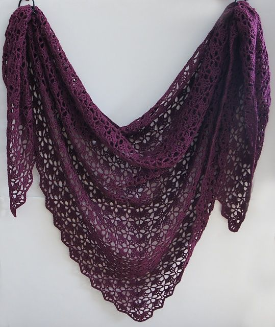 Speaking of shawls, this one is my favourite crochet patterns EVER