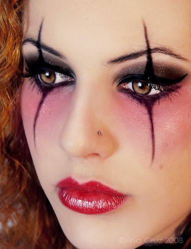 2 gothic makeup ideas for young girls (7) | Costumes | Halloween