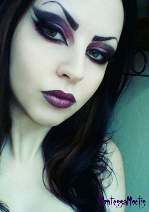 Fashionable Gothic makeup | Painted Ladies | Pinterest | Gothic