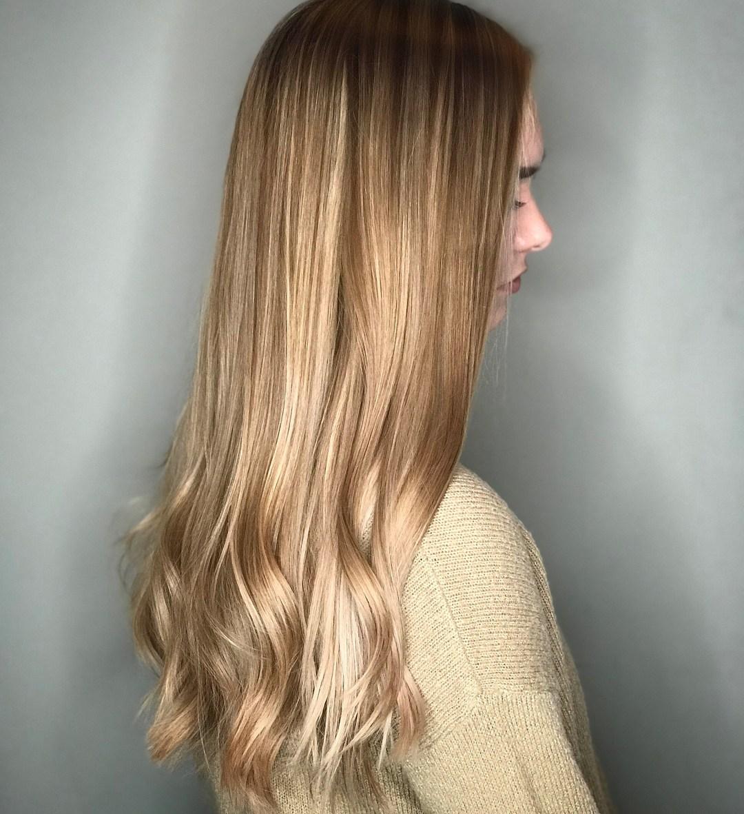Hair Glaze vs. Hair Gloss: Which Treatment Is Best for Dull Hair?