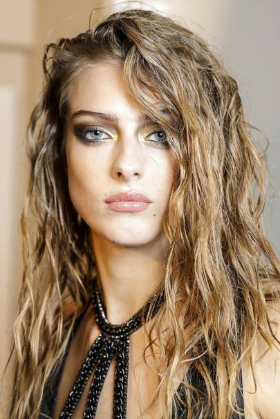 Hairstyles For Long Hair: Long Hair Trends, Ideas & Tips 2018