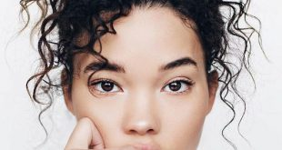 25 Easy and Cute Hairstyles for Curly Hair - Southern Living