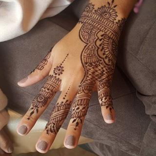 Henna u2013 Styled by Zubaidah