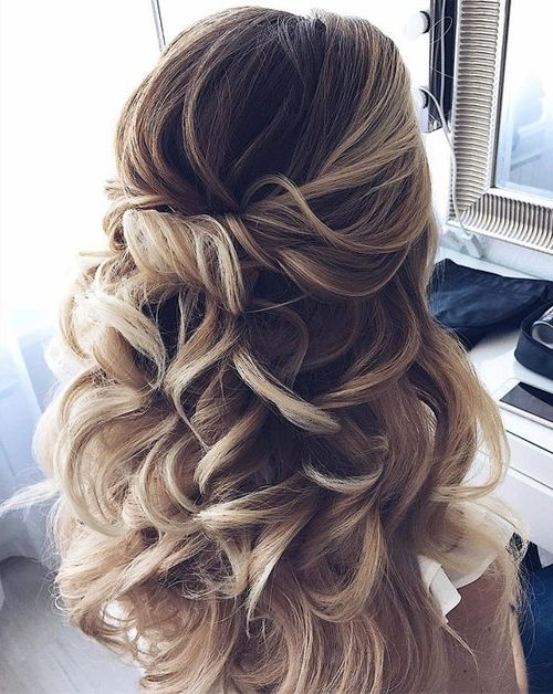 Homecoming Hairstyles 2018 - Best Hairstyles to Look Awesome on Big