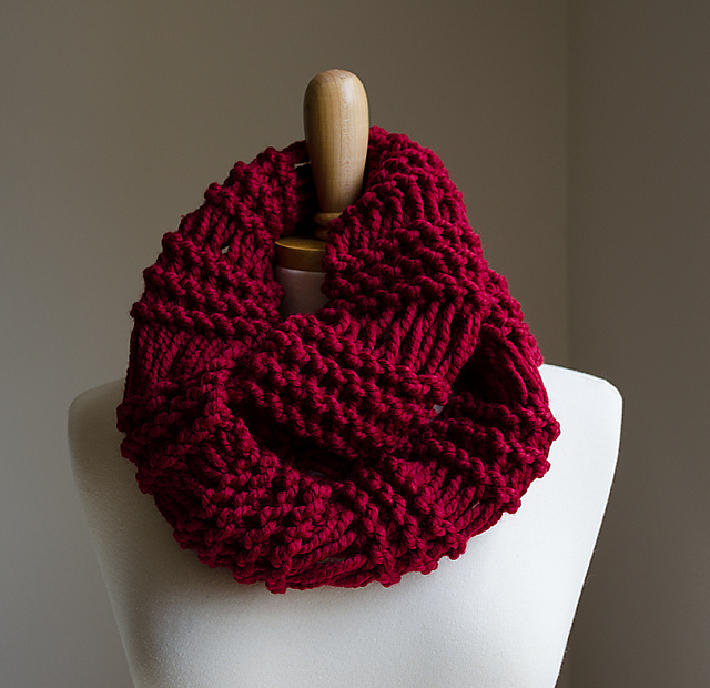 Ravelry: Infinity Scarf: Drop Stitch pattern by Natalya1905