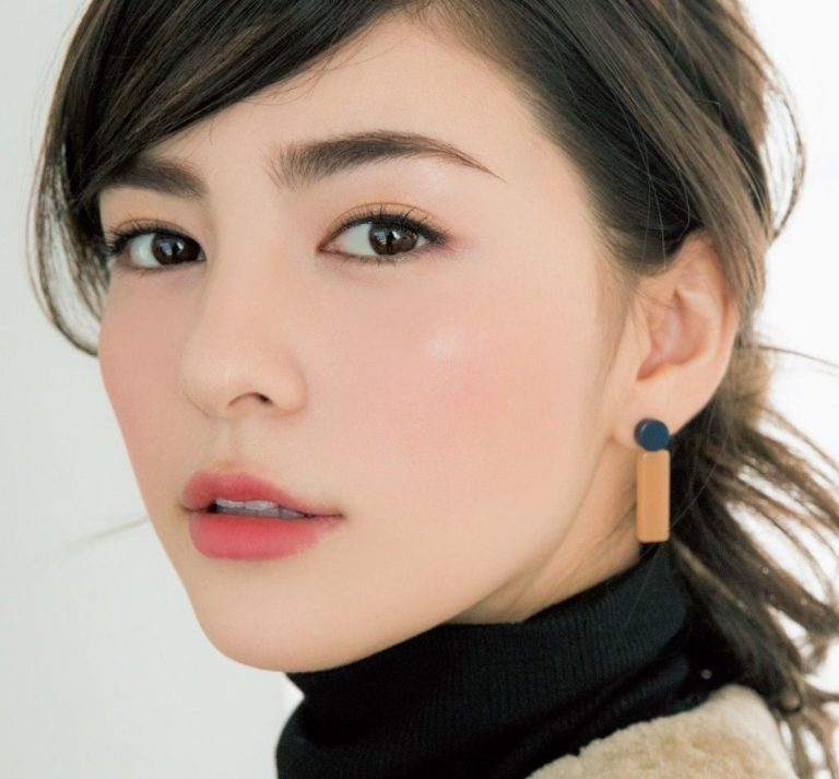 3 Ways You Can Recreate These J-Beauty Makeup Trends