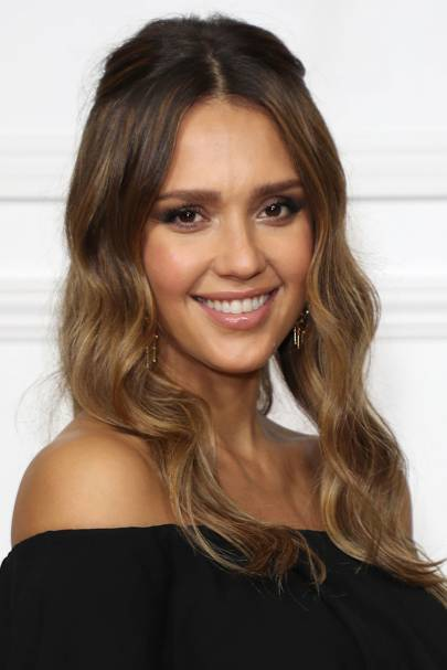 Jessica Alba hair and make up looks | Glamour UK