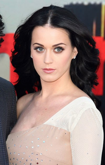 Oh, Look How Pretty Katy Perry's Eye Makeup Is Here! - Glamour