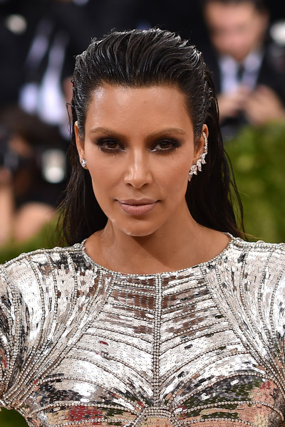 We're Obsessed With These Daring Kim Kardashian Hairstyles - StyleBistro