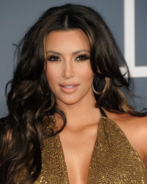 Top 15 Kim Kardashian Hairstyles - Kim Haircuts Pictures - Pretty
