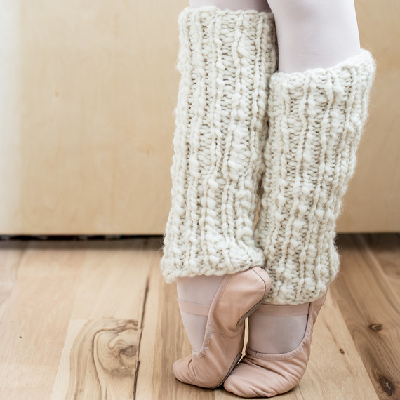 How to Knit a Pair of Snuggly-Soft Leg Warmers u2014 in Any Size