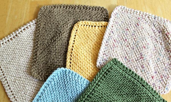 2 Ways To Knit Diagonal Dishcloths (Holes or No-Holes)