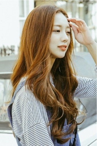 12 Korean Hairstyles for Women That Turn Heads [2019]