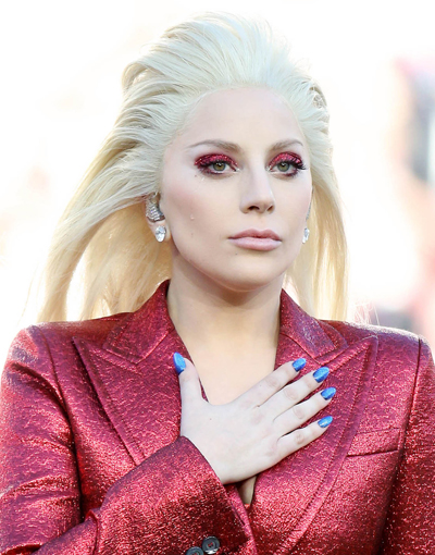 Lady Gaga's Super Bowl 50 Makeup Look- Too Bright Or Just Right