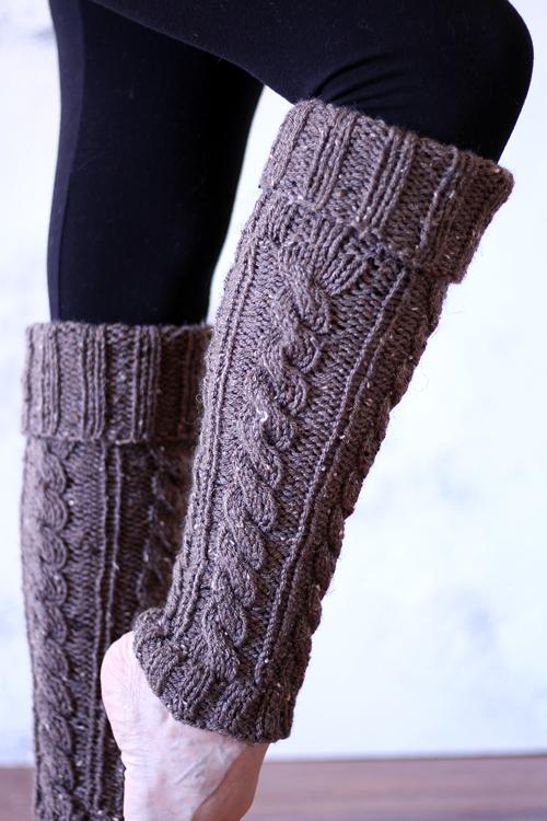 INTENTIONAL : Women's Leg Warmer Knitting Pattern - Brome Fields