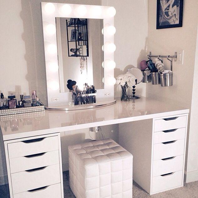 13 Fun DIY Makeup Organizer Ideas For Proper Storage | Vanity