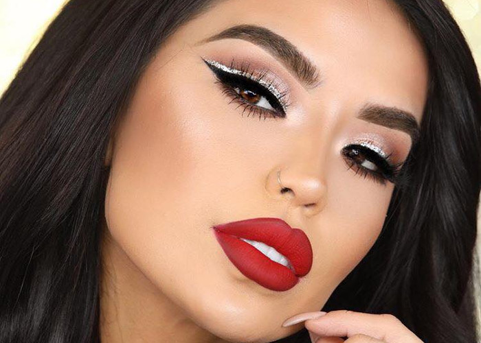7 Red Lipstick Makeup Looks for Every Day of The Week | Fashionisers©
