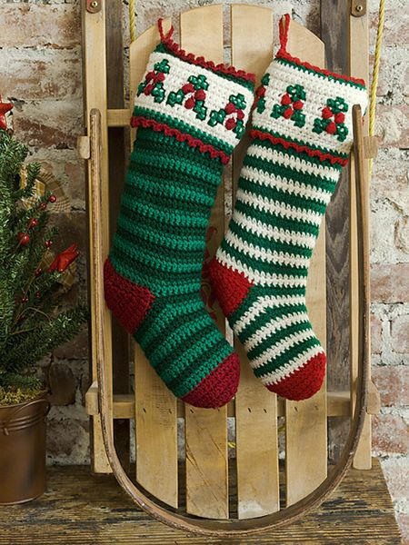 Free Christmas Stocking Crochet Patterns | Creative Crochet