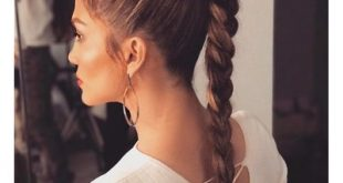 27 Ponytail Hairstyles for 2018: Best Ponytail Styles - Glamour