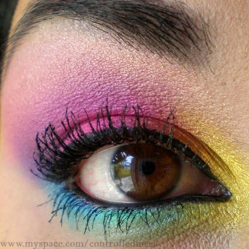 Beauty and Healty: How To Apply Scene Eye Makeup