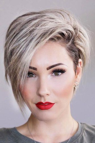 One of the trendy in the hair style is to have short hair