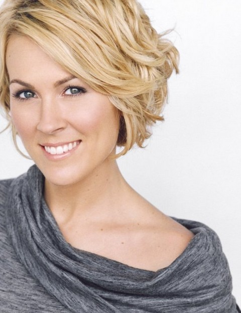 20 Best Short Wavy Haircuts for Women - PoPular Haircuts