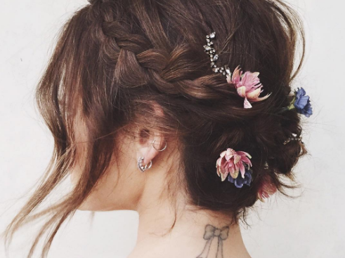 The 13 Best Updos for Short Hair - Glamour