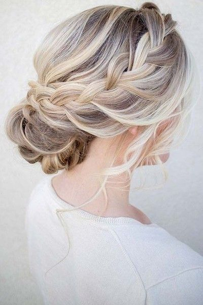 The Perfect Wedding Hair Updos your Big   Day