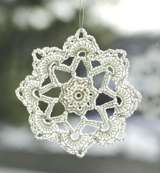 ... grandma jennies crochet snowflake pattern - 2 CJEKMWO