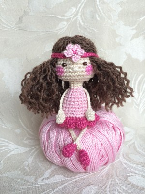 15 free #crochet doll patterns - on moogly! GPNMIAI