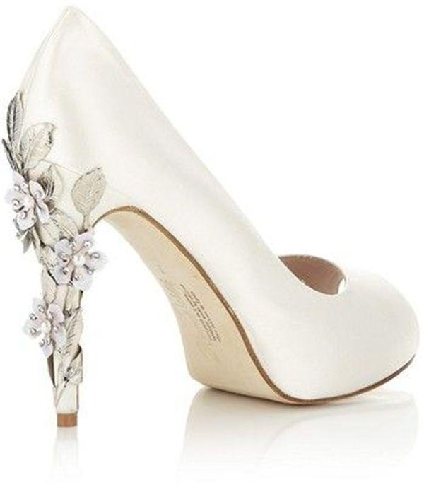 20 white wedding shoes brides wish they wore at their wedding SMVUJTZ