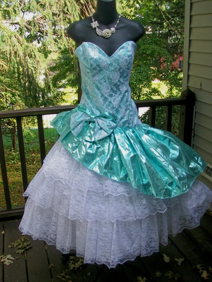 Get ready with 80's prom dresses for theme party perfectly