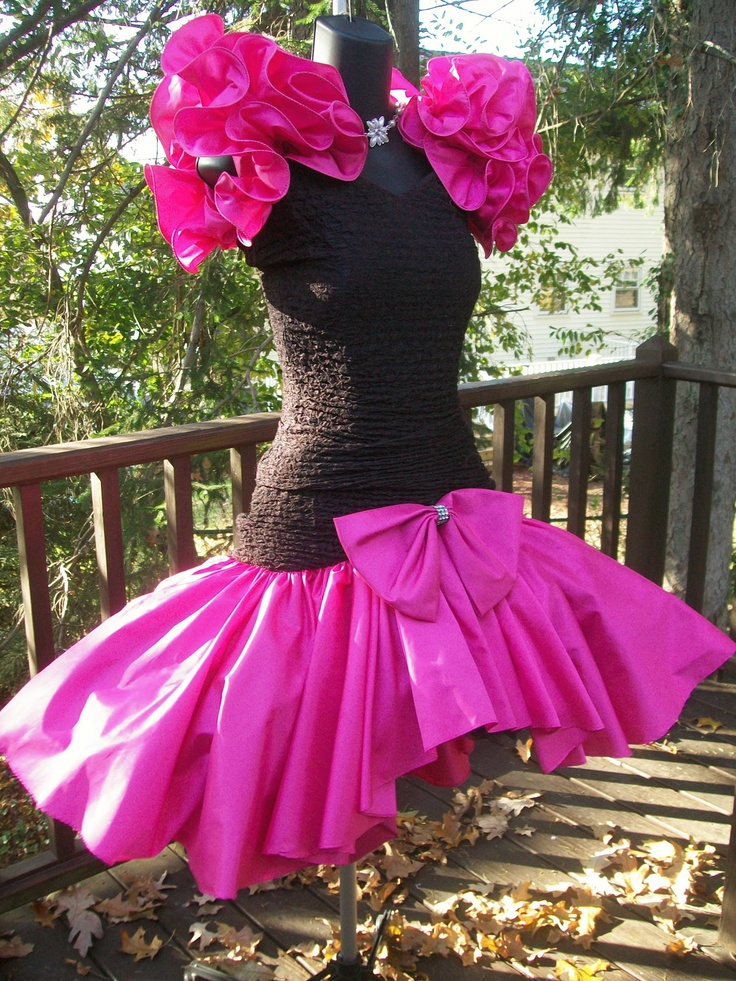 80s prom dress material girl. i actually kind of love this. JFSYBVG