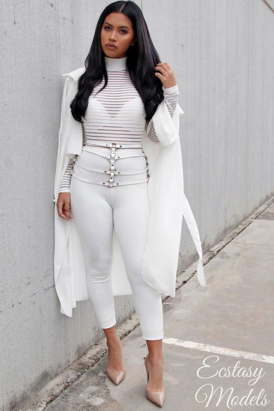 all white jumpsuit:@fashionnova (dc u0027xostefneyu0027 for $$ off) HNZAXRO