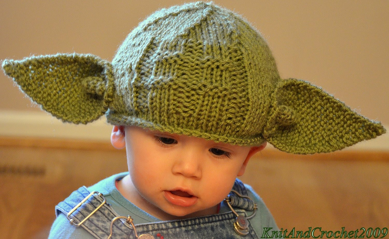 amazon baby yoda hat | knitted baby hats amazon review - youtube WXBCUNK