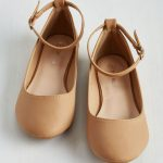 An overview of ankle strap flats
