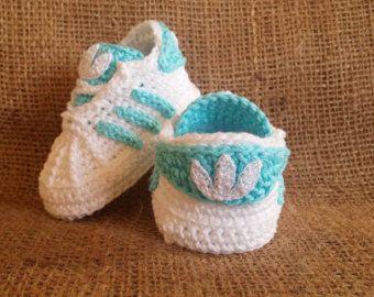 best 25+ crochet baby booties ideas on pinterest | crocheted baby booties, baby  booties LXLUNES