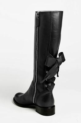 black riding boots black riding boot with a bow! omg i would have to wear these every day NIHQYEN